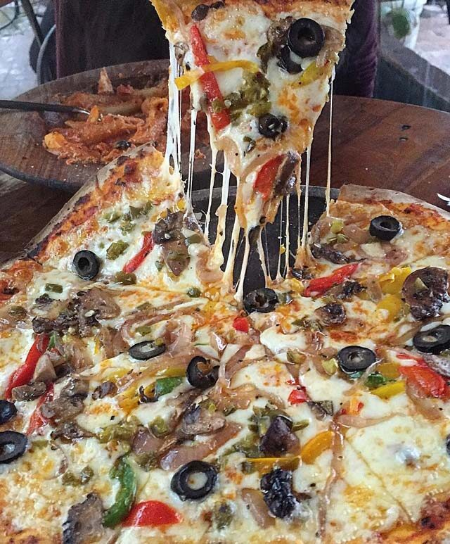 پیتزا مخلوط مخصوص